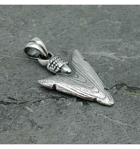 Pendant arrowhead