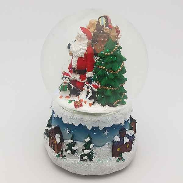 Snowball, Santa Claus