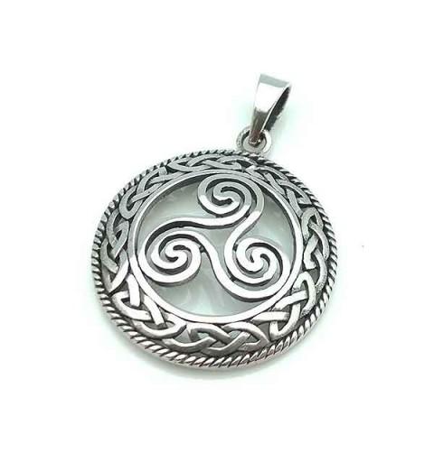 Trisquel pendant