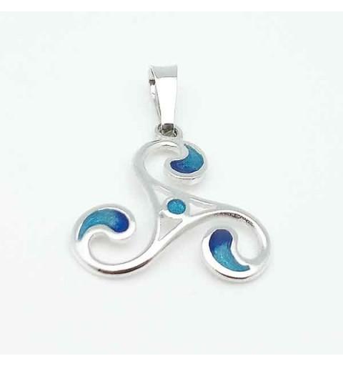 Silver trisquel pendant