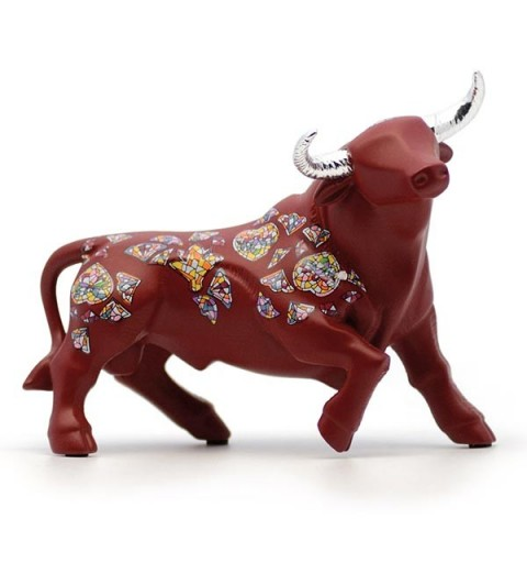 Bull, red color
