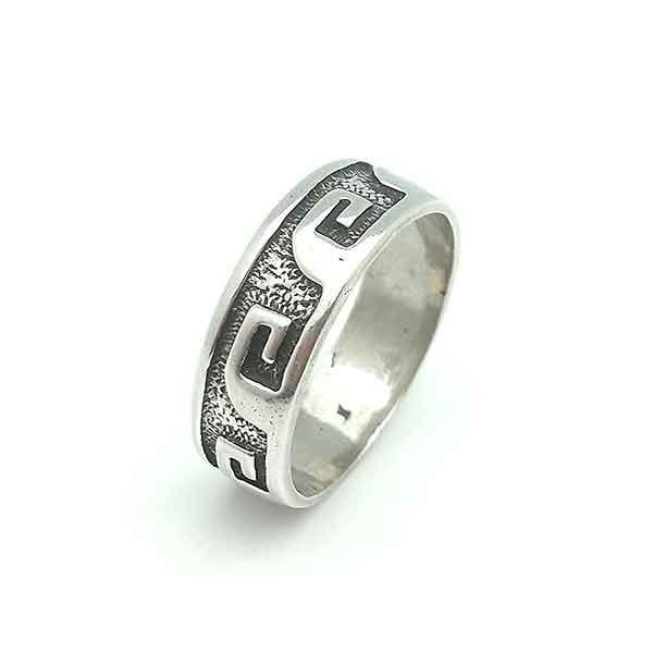 Man silver ring