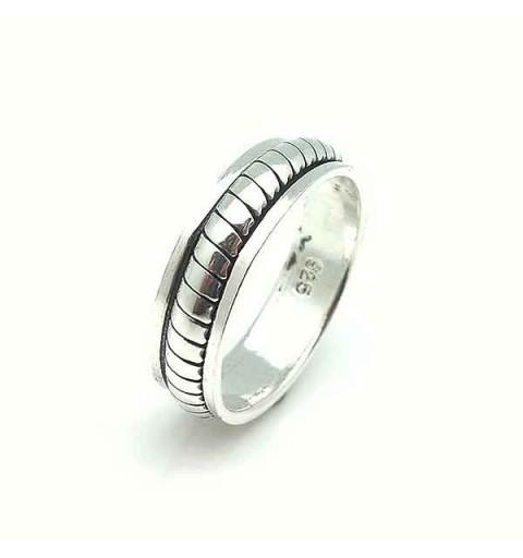 Antiesthetic ring