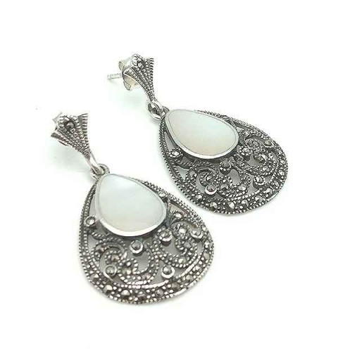 Silver and nacre earrings