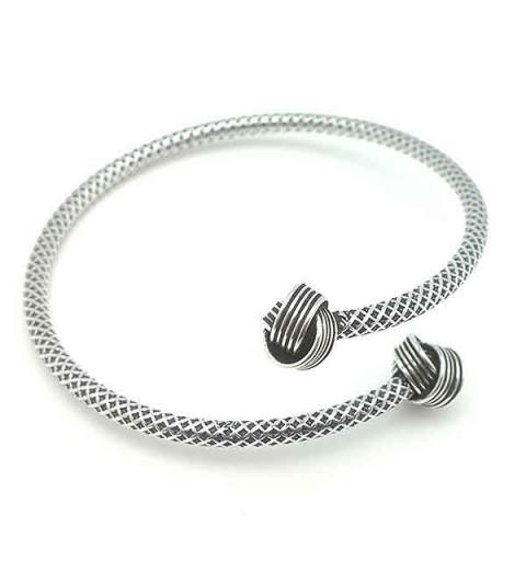 Hoop type bracelet