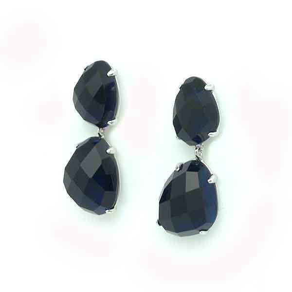 Blue tone earrings