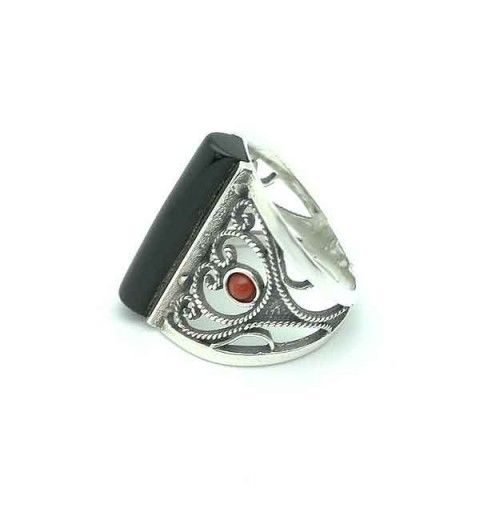 Jet and coral ring