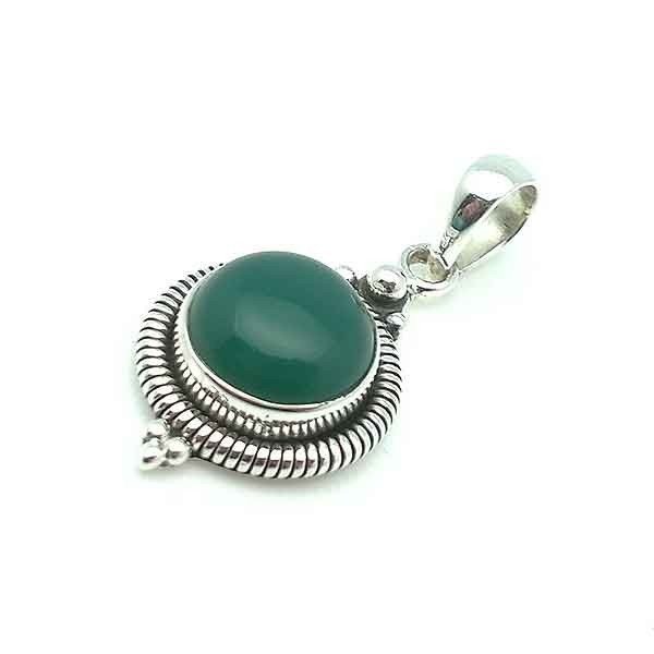 Pendant in sterling silver and aventurine silver and aventurine pendant aloadofball Choice Image