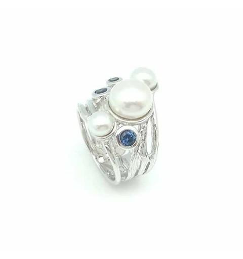 Anillo de plata y piedras naturales