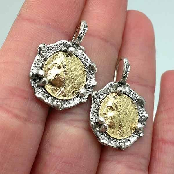Pendientes moneda romana