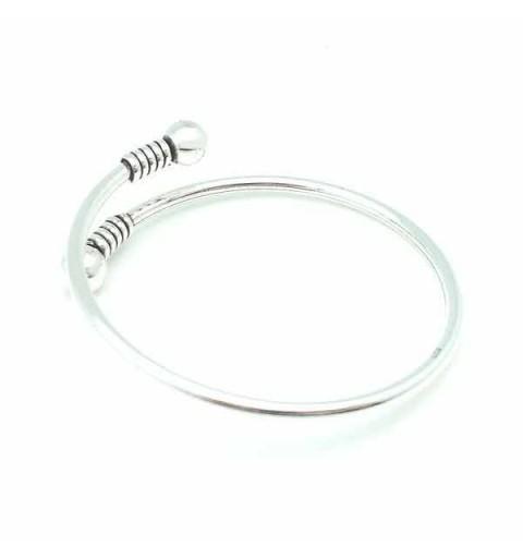 Rigid balls bracelet