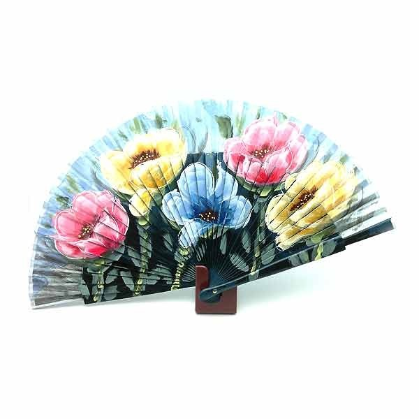 Blue fan with flowers