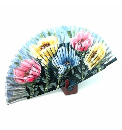 Blue fan with flowers