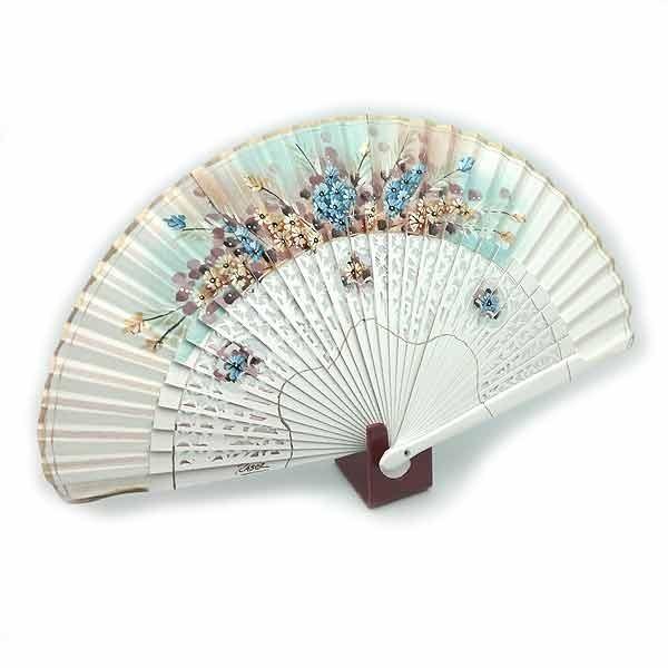 Open white fan