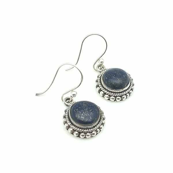 Earrings with lapislazuli