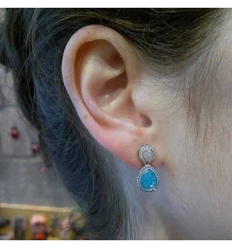 Tear zirconia earrings