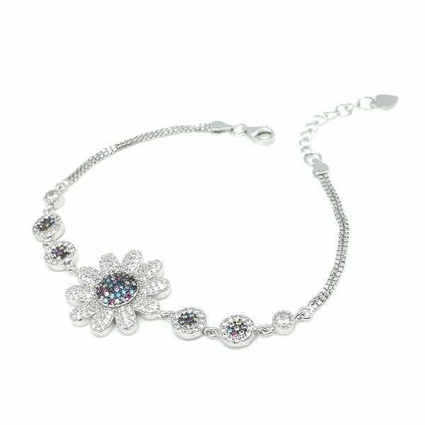 Zirconia flower bracelet