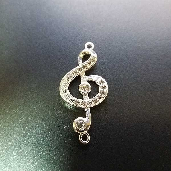 Adjustable bracelet, treble clef