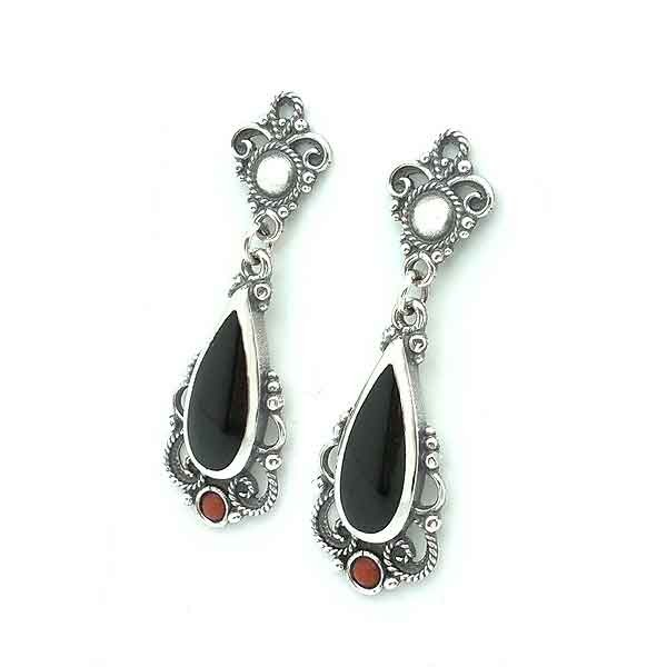 Earrings with coral and jet