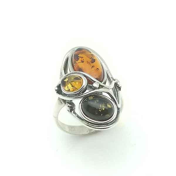 Ring three stones amber