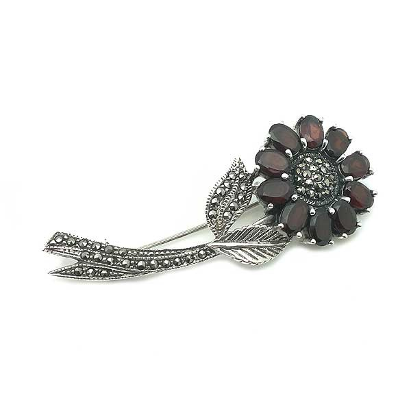 Garnet flower brooch