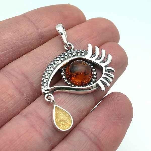 Dali´s eye pendant