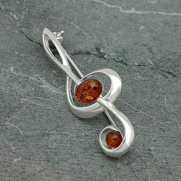 Amber brooch treble clef