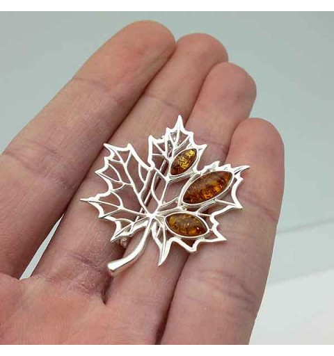 Leaf amber brooch