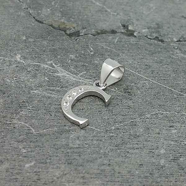 Initial pendant, letter C