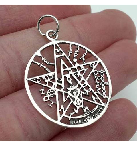 tetragrammate