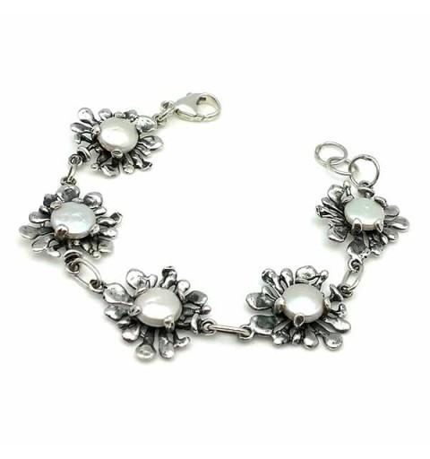 contemporary jewelry bracelet