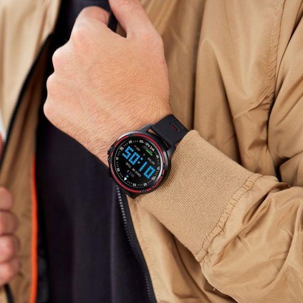 Smart Watch para hombre de la marca Marea.