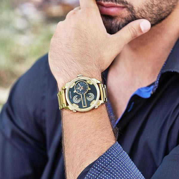 Gold watch for men.