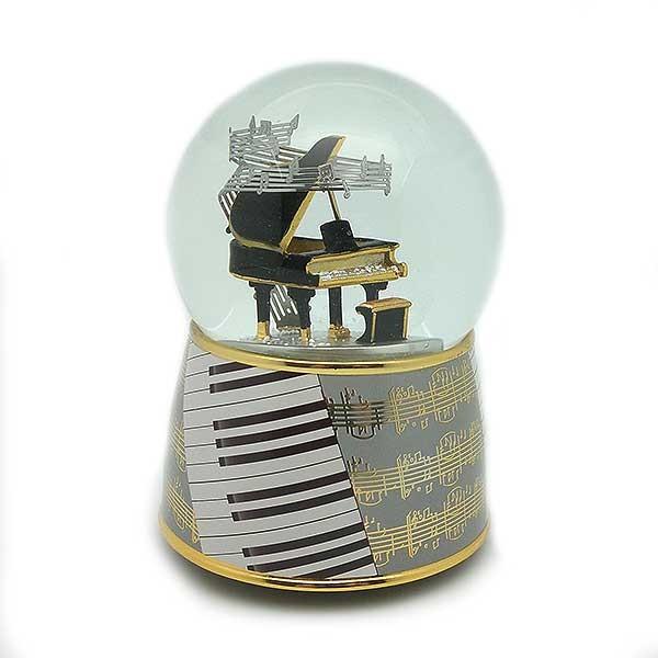 Bola de nieve con piano