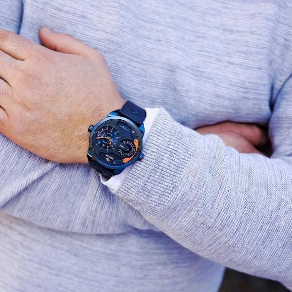 Marea brand watch, with Diesel type design, metallic blue color.