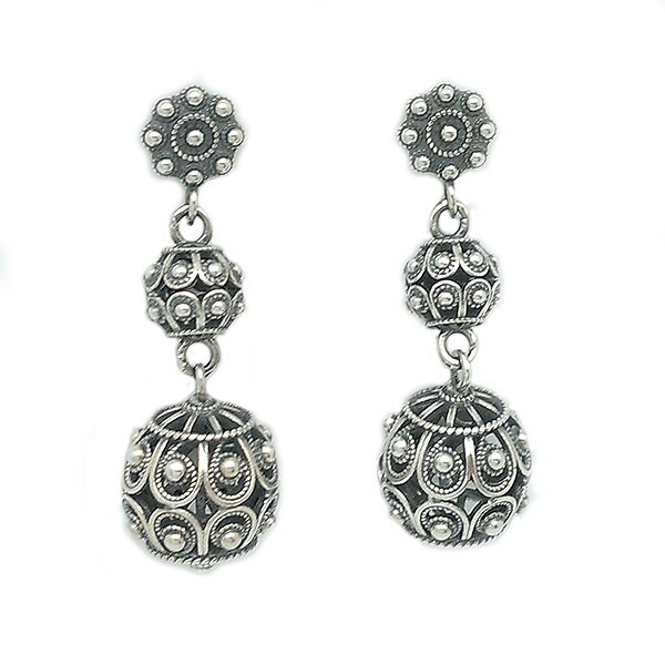 Long earrings, charro style, in sterling silver.