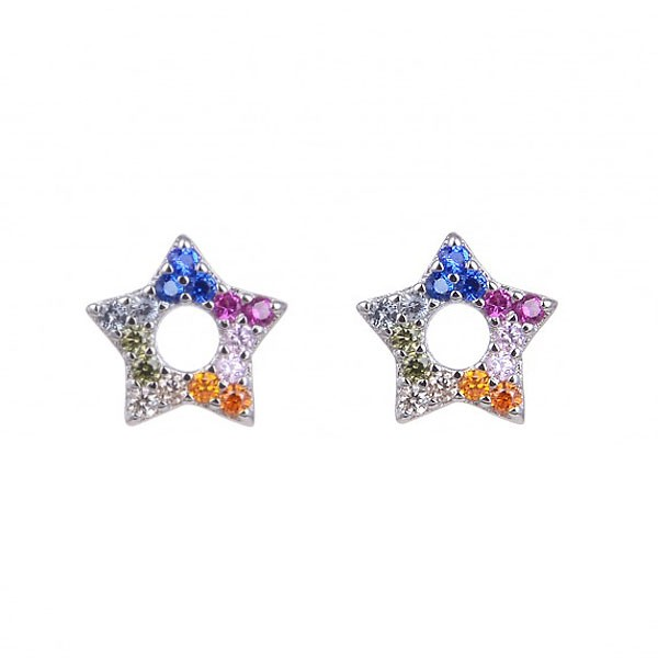 Star shaped earrings in sterling silver.