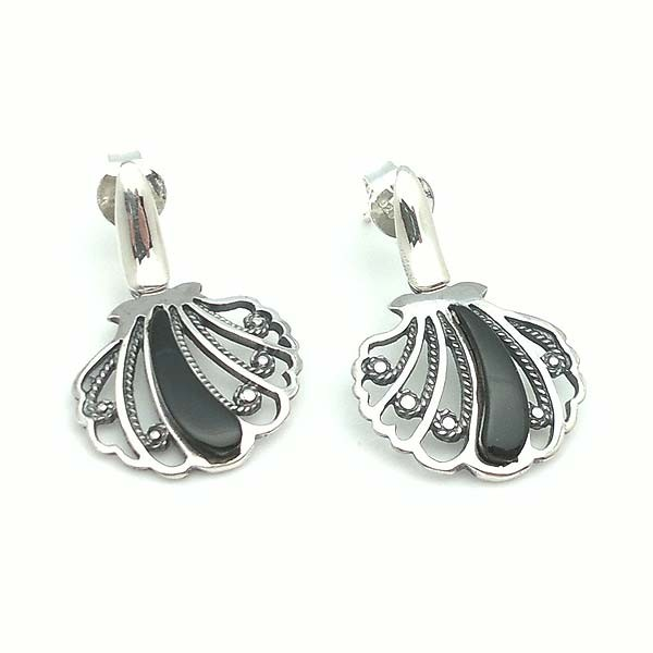 Shell shaped earrings in sterling silver and jet.