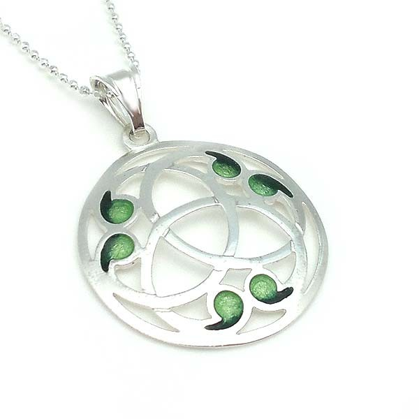 Triqueta in sterling silver and enamel fire.