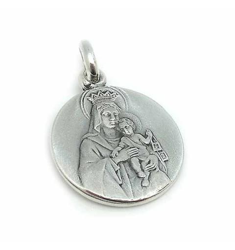 Medalla escapulario, en tamaño pequeño, elaborado en plata de ley.