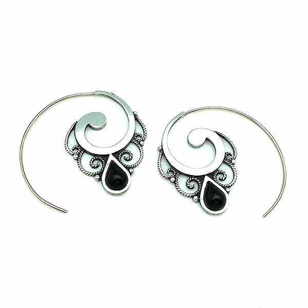 Hoop earrings, made of sterling silver and jet.