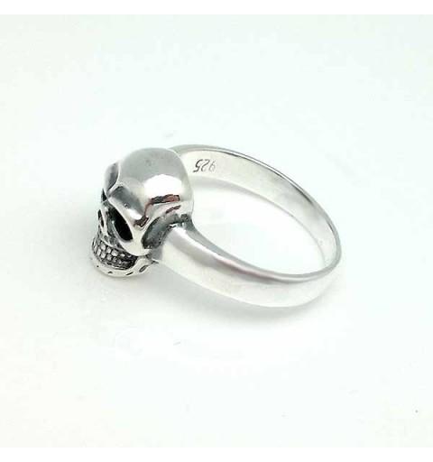Simple skull ring, in sterling silver.