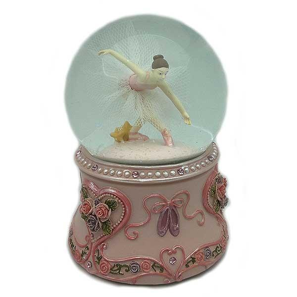 Bola de nieve, con una bonita bailarina en su interior.