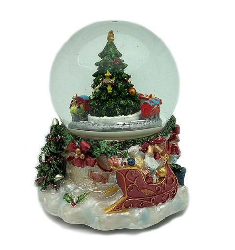 Snowball, with Christmas motifs and a train.