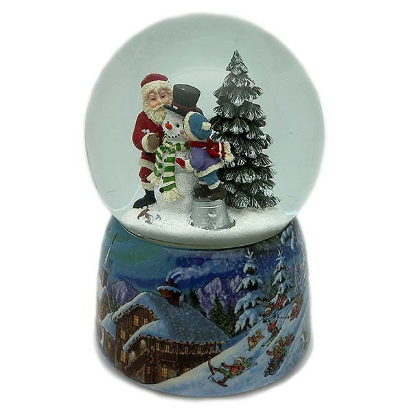 Snowball in which we can see Santa Claus and a child making a snowman.