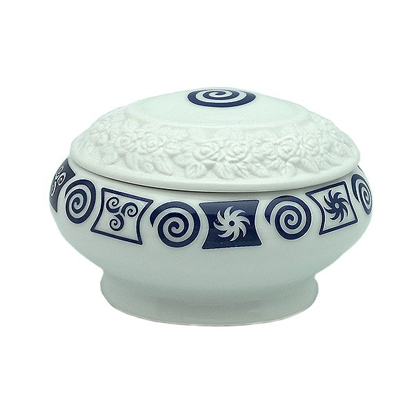 Spiral porcelain box
