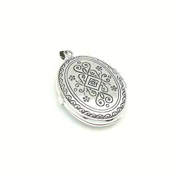 Colgante guardapelo de plata