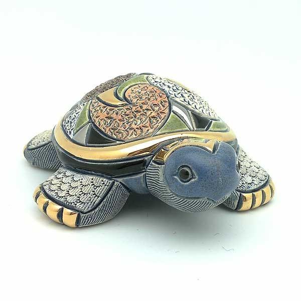 Baby turtle Galapago