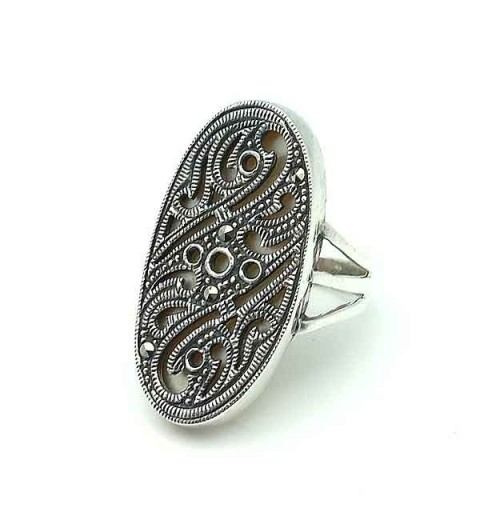Silver ring, pearl and marcasite
