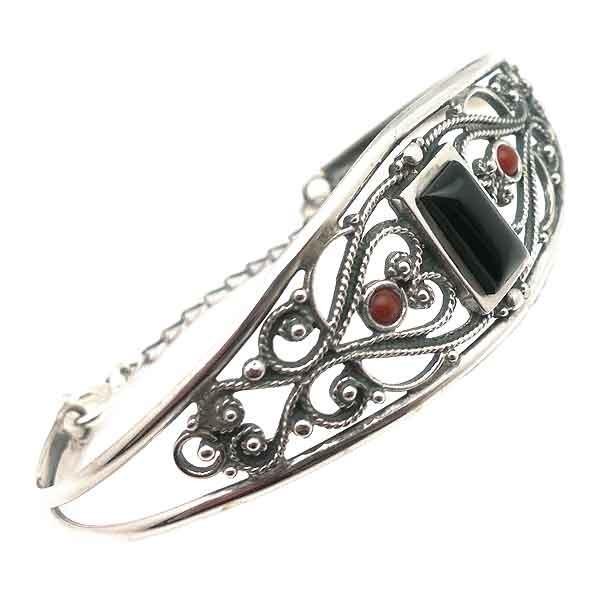 Bracelet silver and jet
